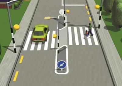 Pedestrian crossing rules: raised traffic island