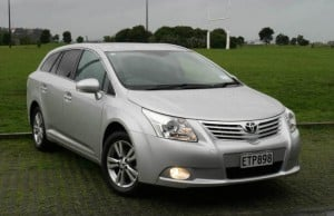 Toyota-Avensis-fq