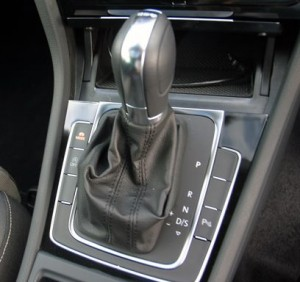 vw-golf-tsi-gear-knob