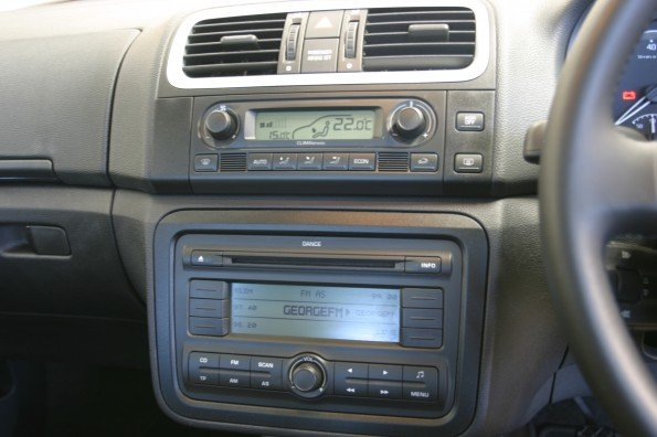 Skoda Roomster console