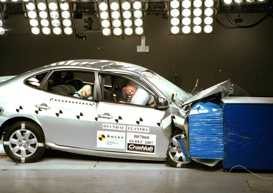 crash test hyundai elantra