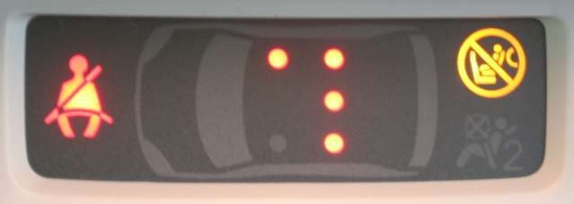Seatbelt monitoring