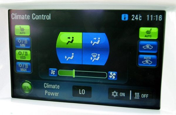 Holden Volt climate control screen