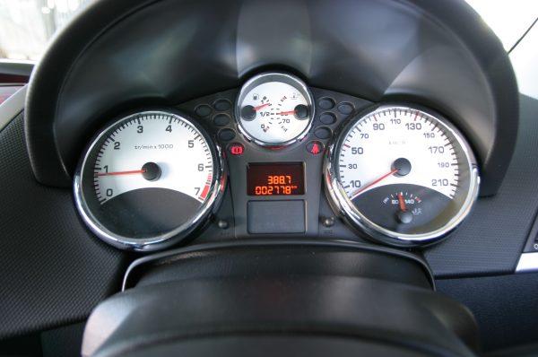 Peugeot 207CC Sport Manual instrument cluster